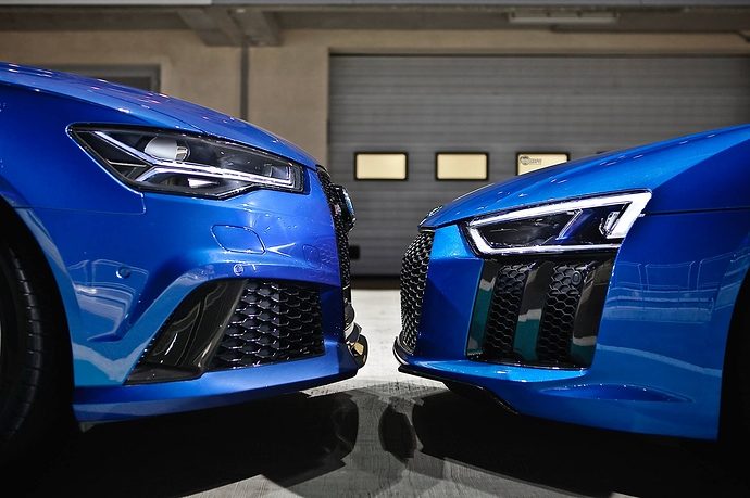 the-audi-r8-v10-plus-and-rs6-performance-are-almost-kissing-107412_1